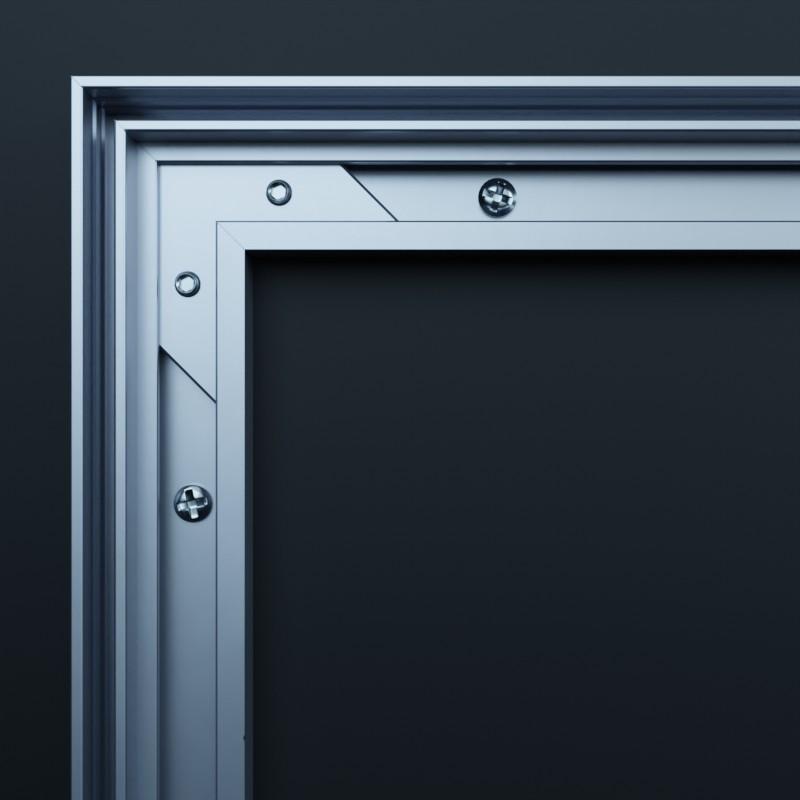 AluFrame light: Montierte Eckverbinder des Aluminium-Textilrahmens