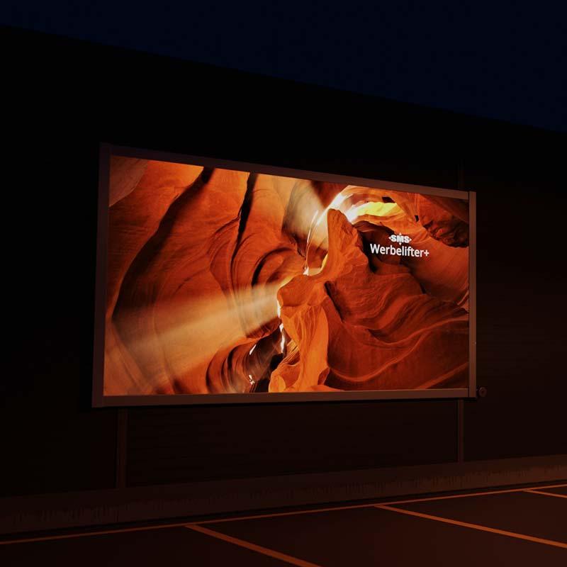 Werbelifter+: Liftsystem für die Befestigung von Fassadenwerbung mit Werbebannern